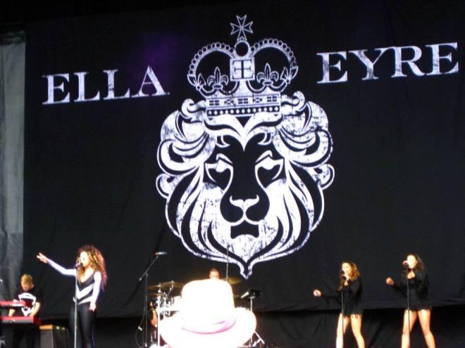 Ella Eyre at Glastonbury 2015